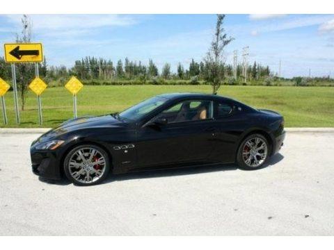 Nero (Black) 2014 Maserati GranTurismo Sport Coupe