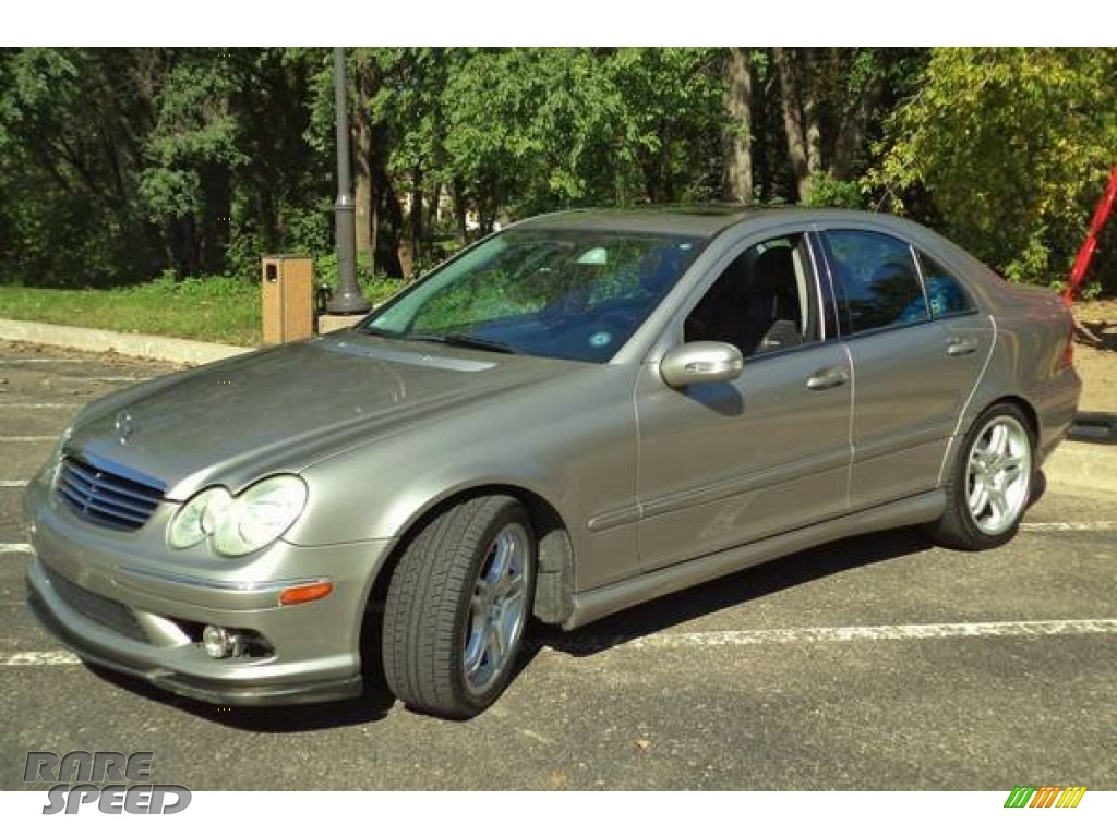 2005 C 55 AMG Sedan - Desert Silver Metallic / Black photo #2