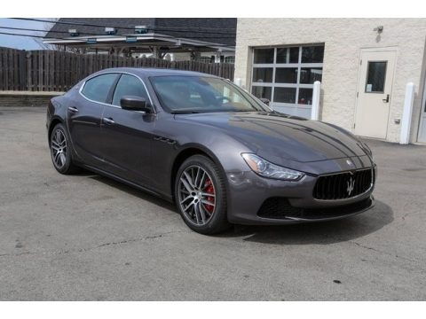 Grigio Maratea (Dark Grey Metallic) 2016 Maserati Ghibli S Q4