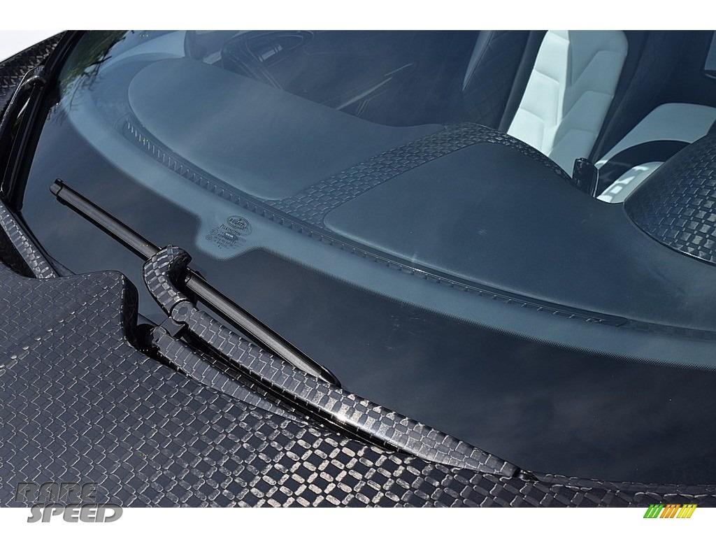 2008 Veyron 16.4 Mansory Linea Vivere - Pearl Metallic / White photo #68