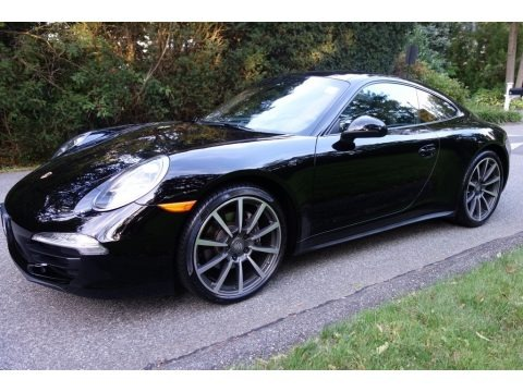 Black 2014 Porsche 911 Carrera 4 Coupe