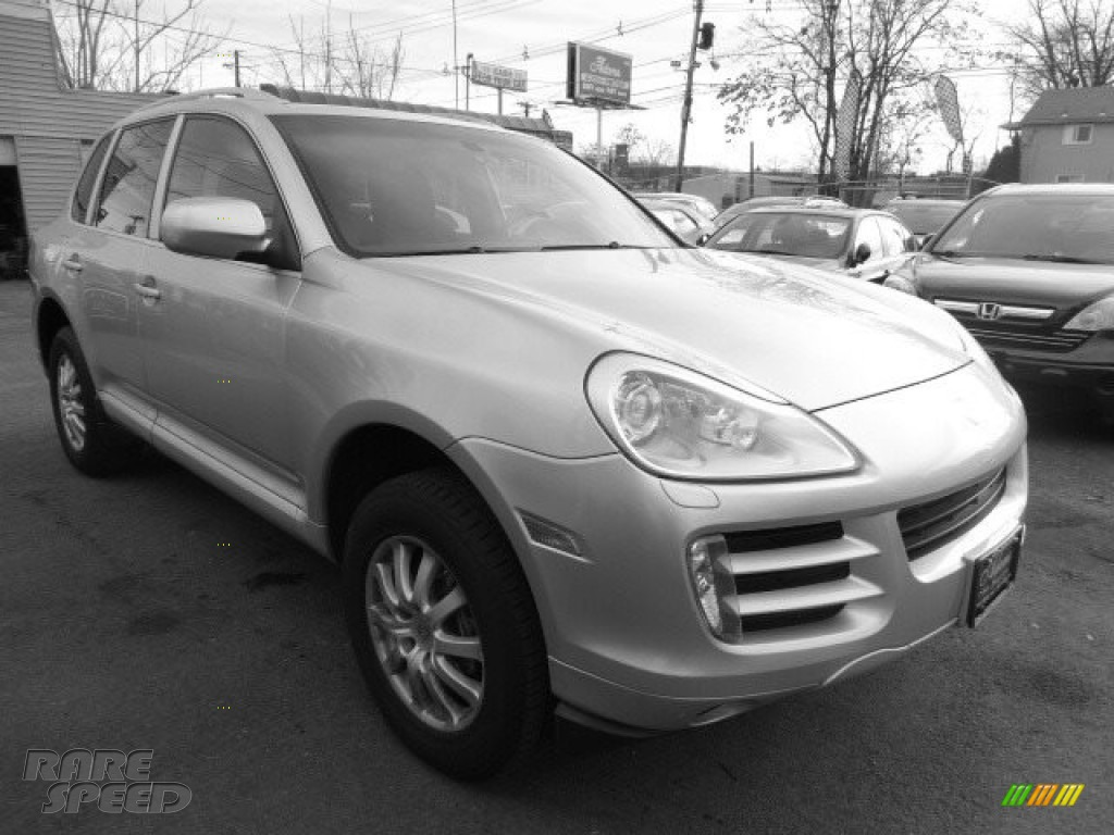 2008 Cayenne Tiptronic - Crystal Silver Metallic / Black photo #1