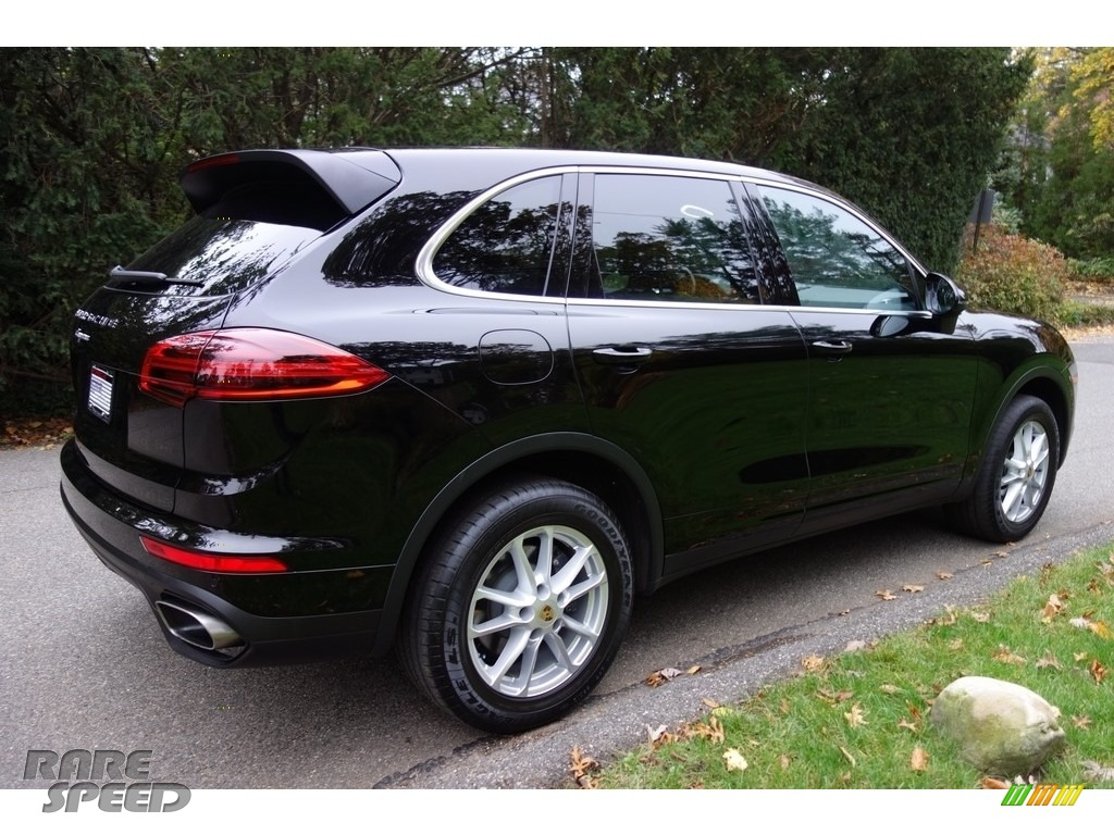 2016 Cayenne  - Black / Black/Luxor Beige photo #6