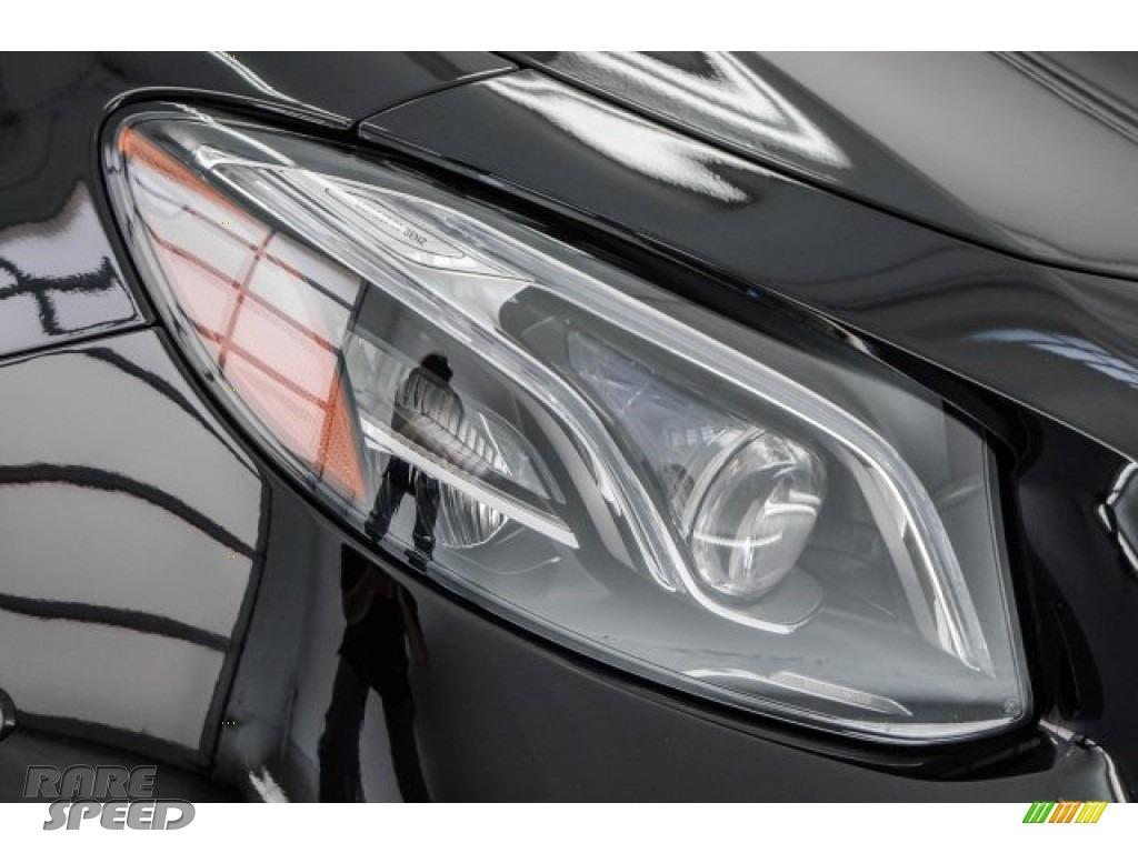2018 E AMG 63 S 4Matic Wagon - Black / Macchiato Beige/Black photo #31