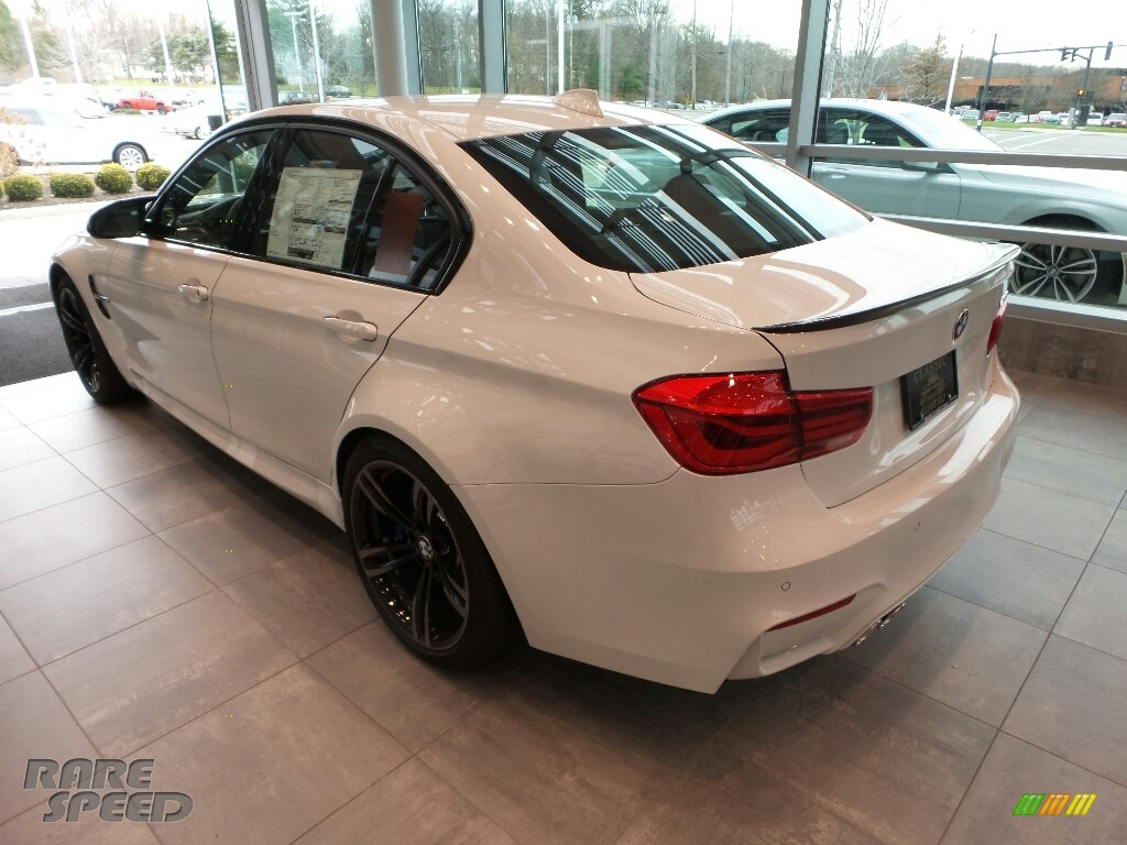 2018 M3 Sedan - Alpine White / Black photo #2