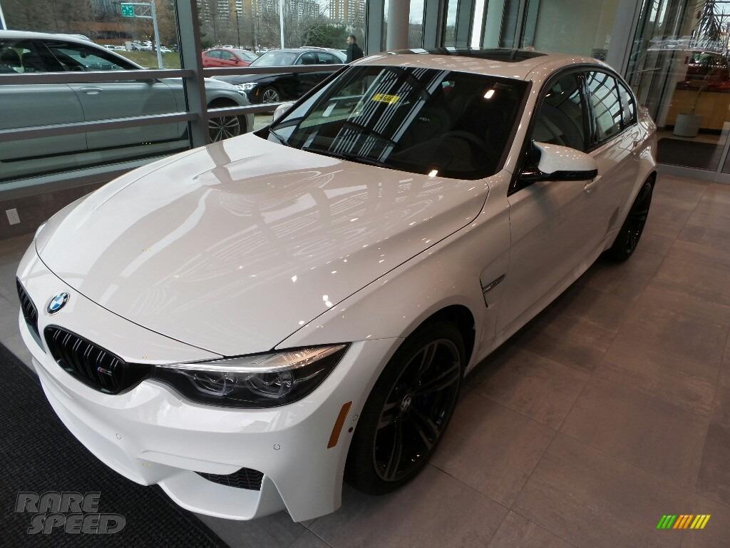 2018 M3 Sedan - Alpine White / Black photo #3