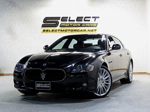 Nero Carbonio (Black Metallic) 2012 Maserati Quattroporte S