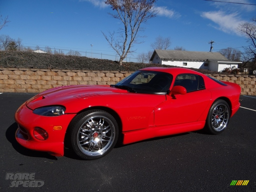 1997 Viper GTS - Viper Red / Black photo #2