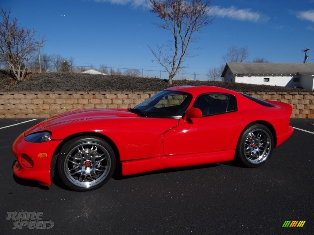 1997 Viper GTS - Viper Red / Black photo #3
