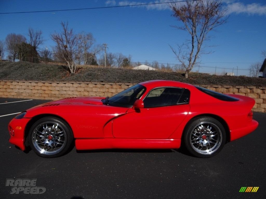 1997 Viper GTS - Viper Red / Black photo #5