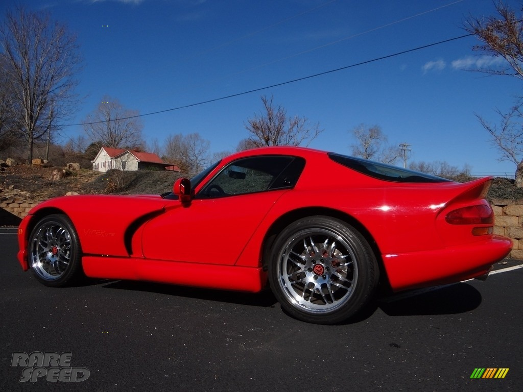 1997 Viper GTS - Viper Red / Black photo #6