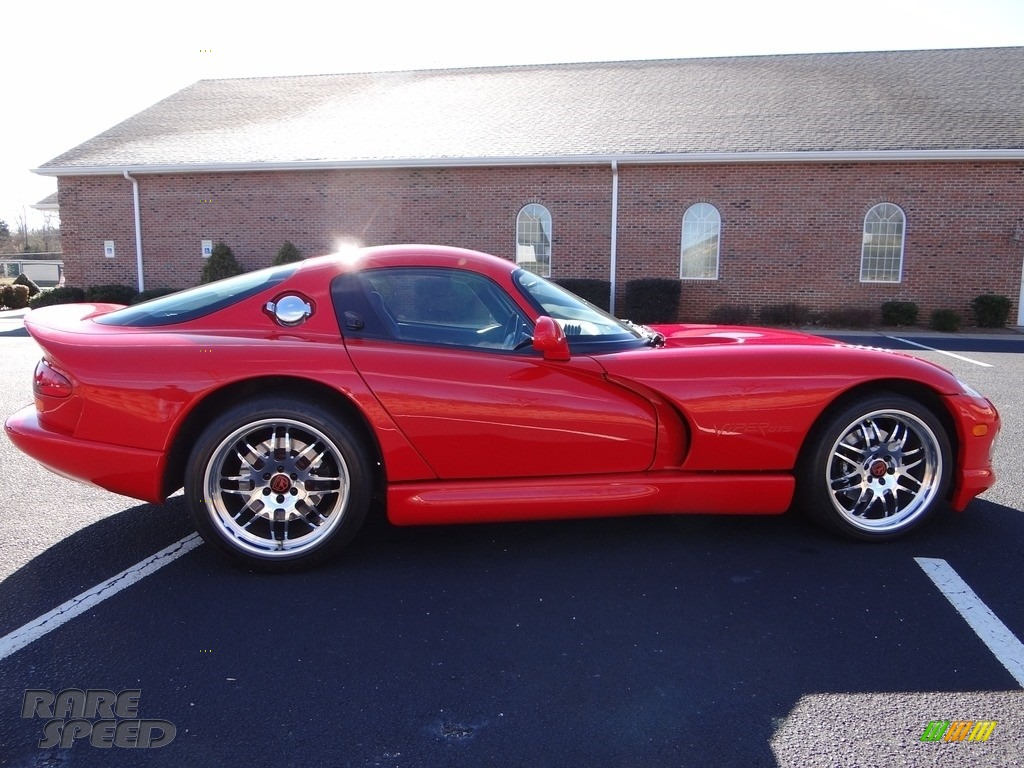 1997 Viper GTS - Viper Red / Black photo #12