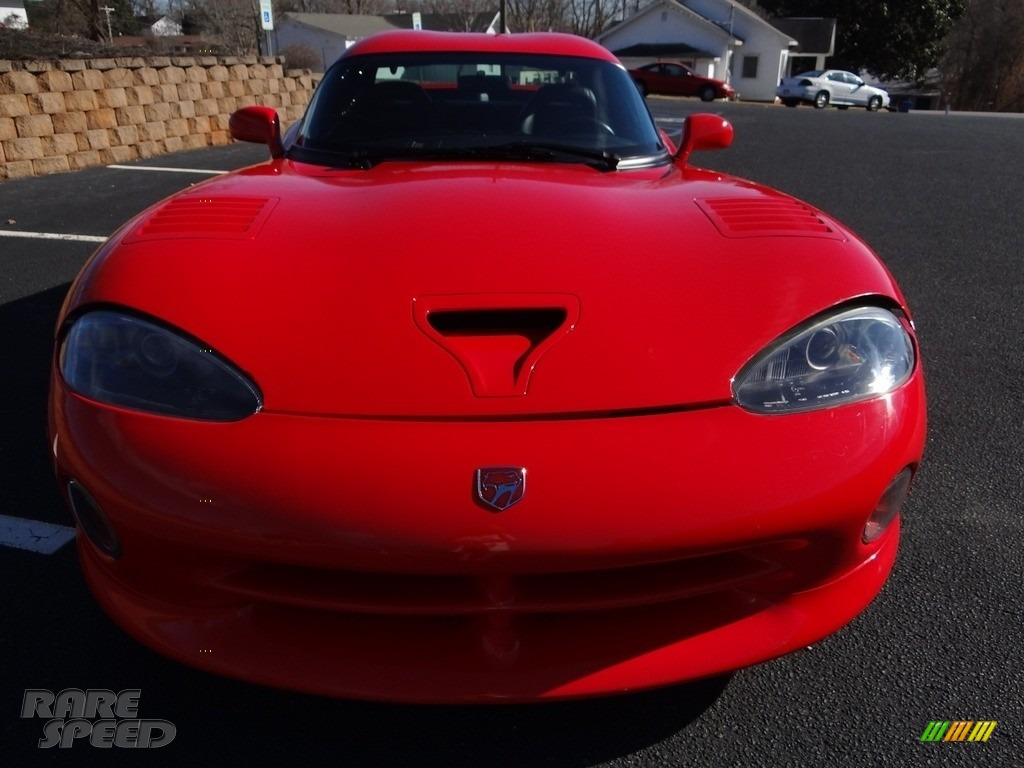 1997 Viper GTS - Viper Red / Black photo #16