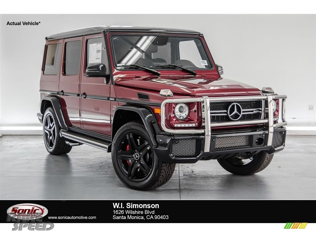 Storm Red Metallic / designo Black Mercedes-Benz G 63 AMG