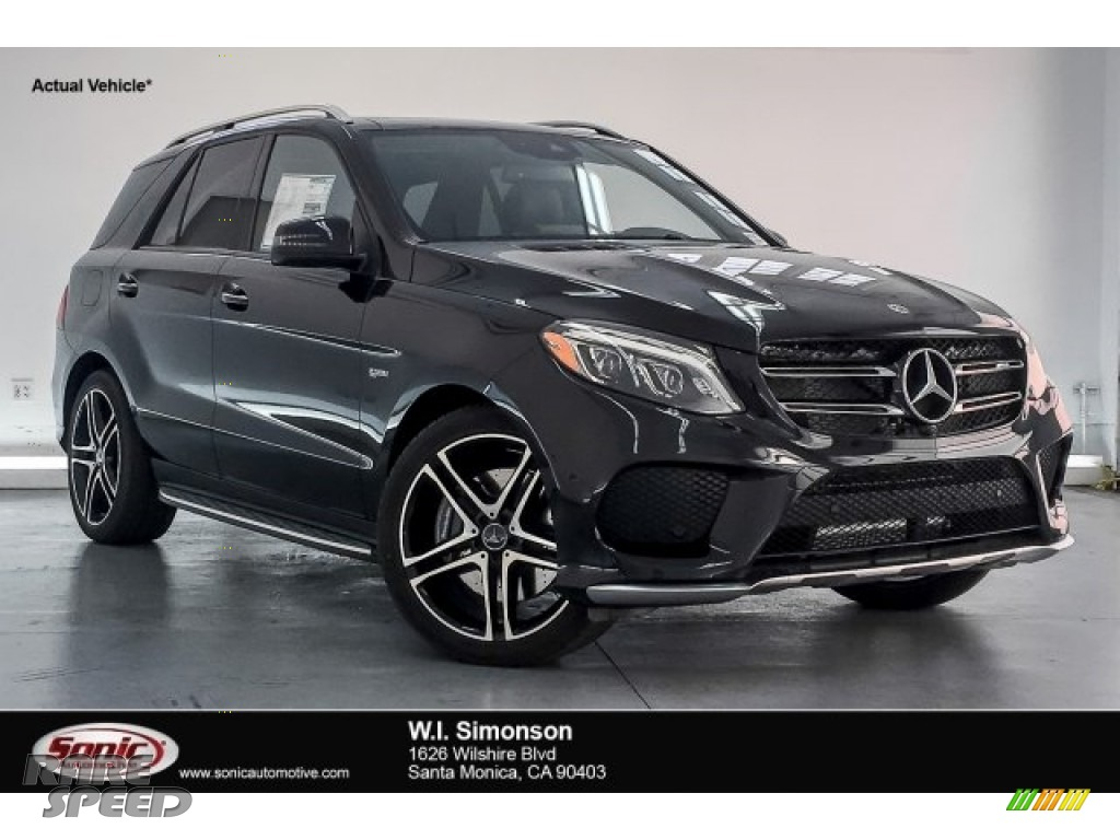 2018 GLE 43 AMG 4Matic - Obsidian Black Metallic / Black photo #1