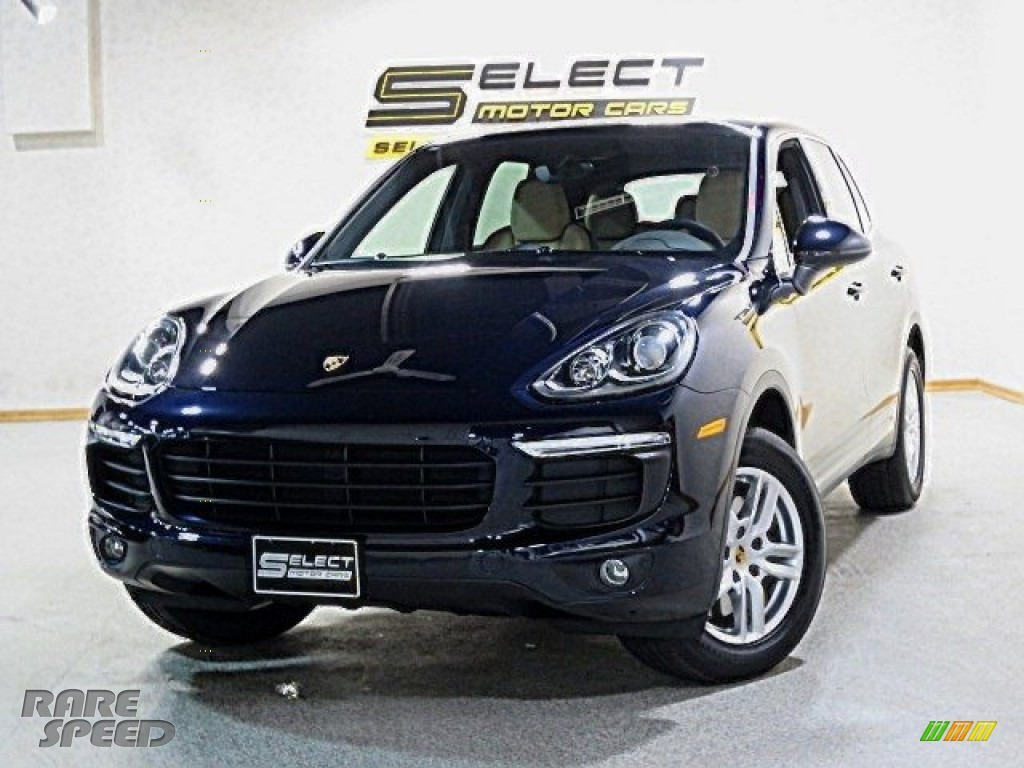 2017 Cayenne Platinum Edition - Sapphire Blue Metallic / Luxor Beige photo #1