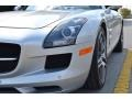 Mercedes-Benz SLS AMG Roadster Iridium Silver Metallic photo #26