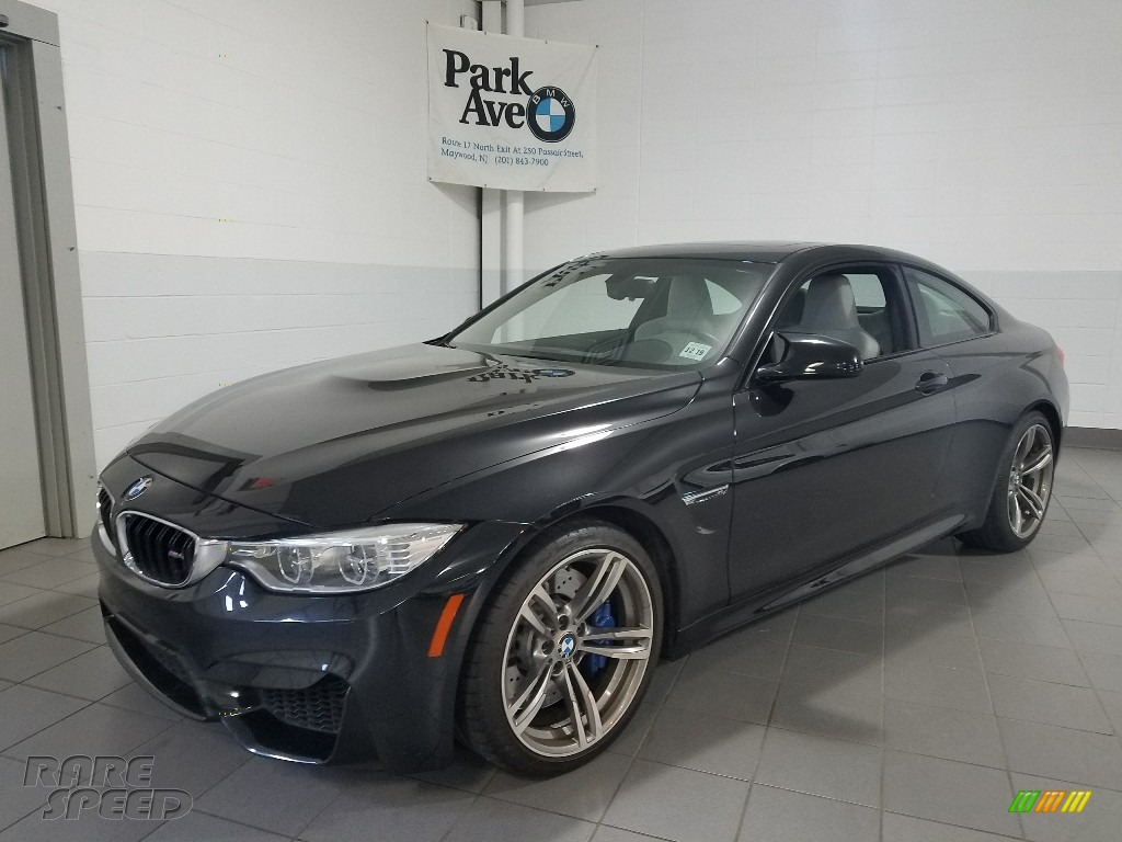 2015 M4 Coupe - Black Sapphire Metallic / Silverstone photo #1