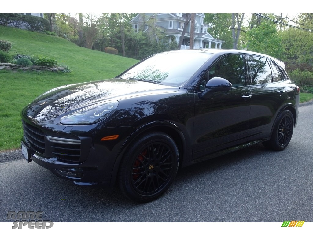 2018 Cayenne GTS - Moonlight Blue Metallic / Black photo #1