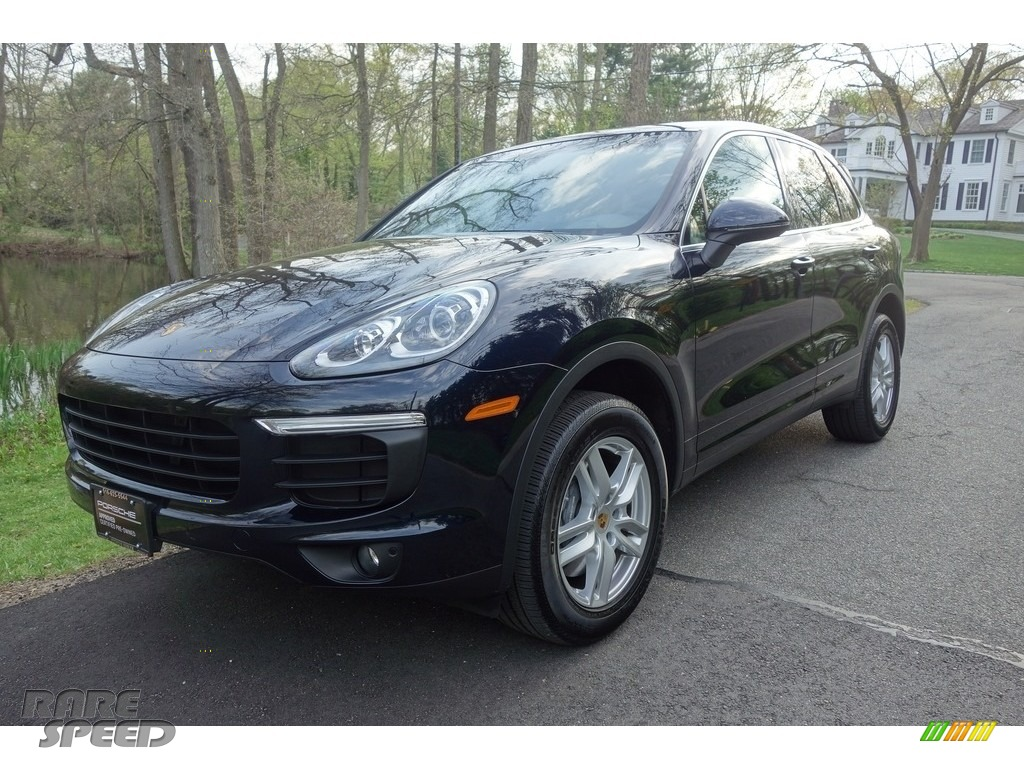 2018 Cayenne  - Moonlight Blue Metallic / Black/Luxor Beige photo #1