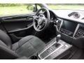 Porsche Macan  Agate Grey Metallic photo #17