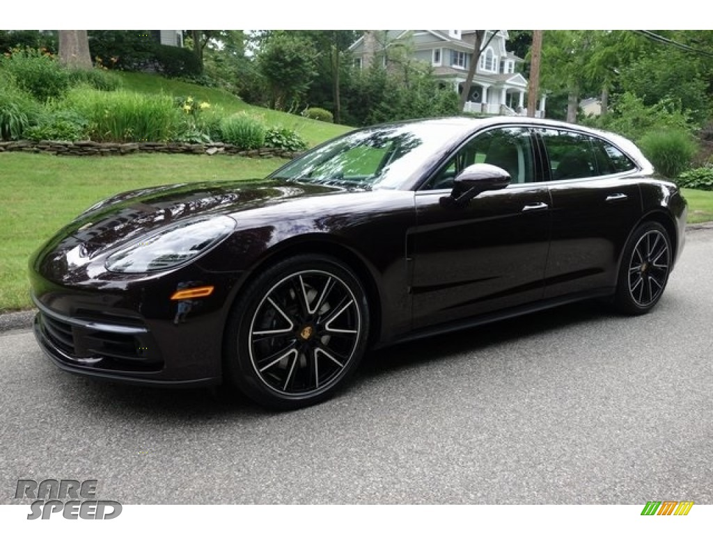 Amethyst Metallic / Black/Chalk Porsche Panamera 4 Sport Turismo