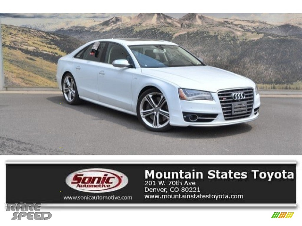 2013 S8 4.0 TFSI quattro Sedan - Glacier White Metallic / Balao Brown photo #1