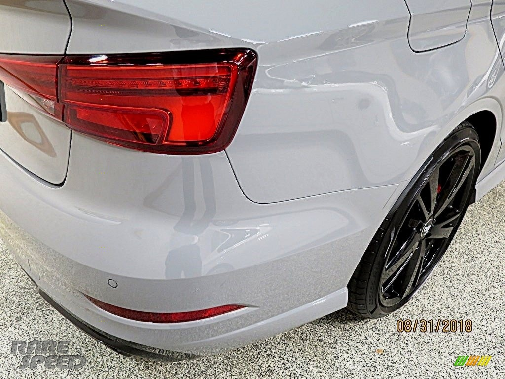 2018 RS 3 quattro Sedan - Nardo Gray / Black/Crescendo Red photo #8