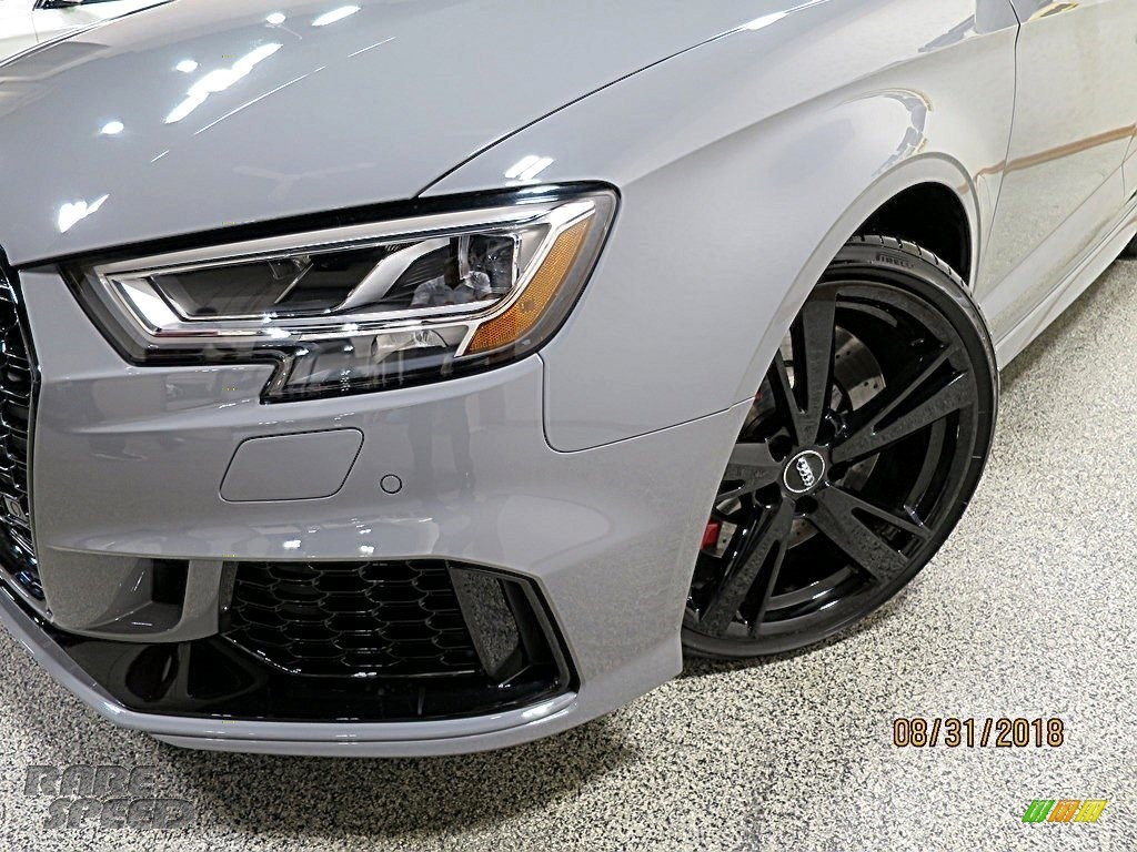 2018 RS 3 quattro Sedan - Nardo Gray / Black/Crescendo Red photo #10