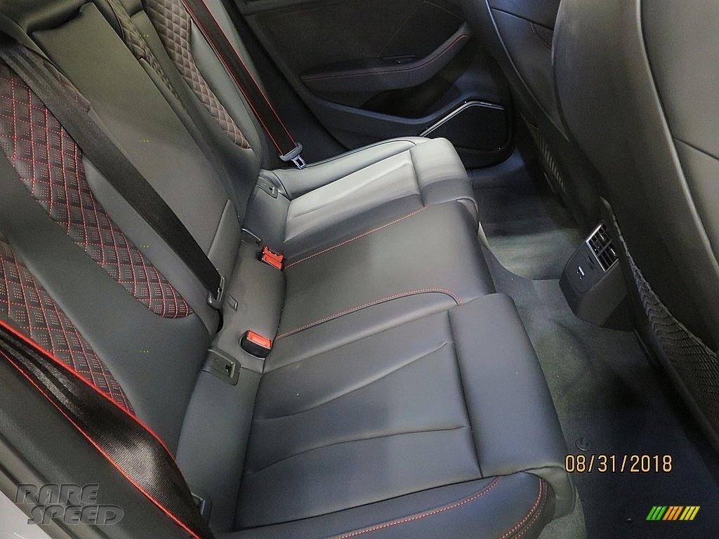 2018 RS 3 quattro Sedan - Nardo Gray / Black/Crescendo Red photo #20