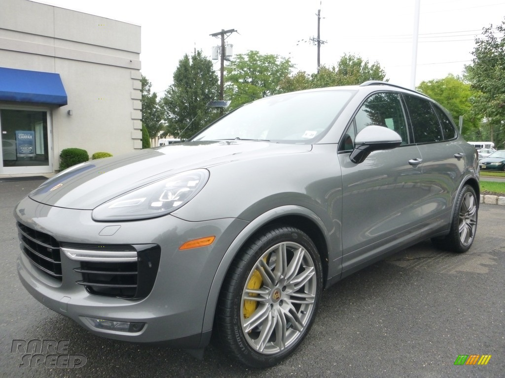 Meteor Grey Metallic / Black/Garnet Red Porsche Cayenne Turbo S
