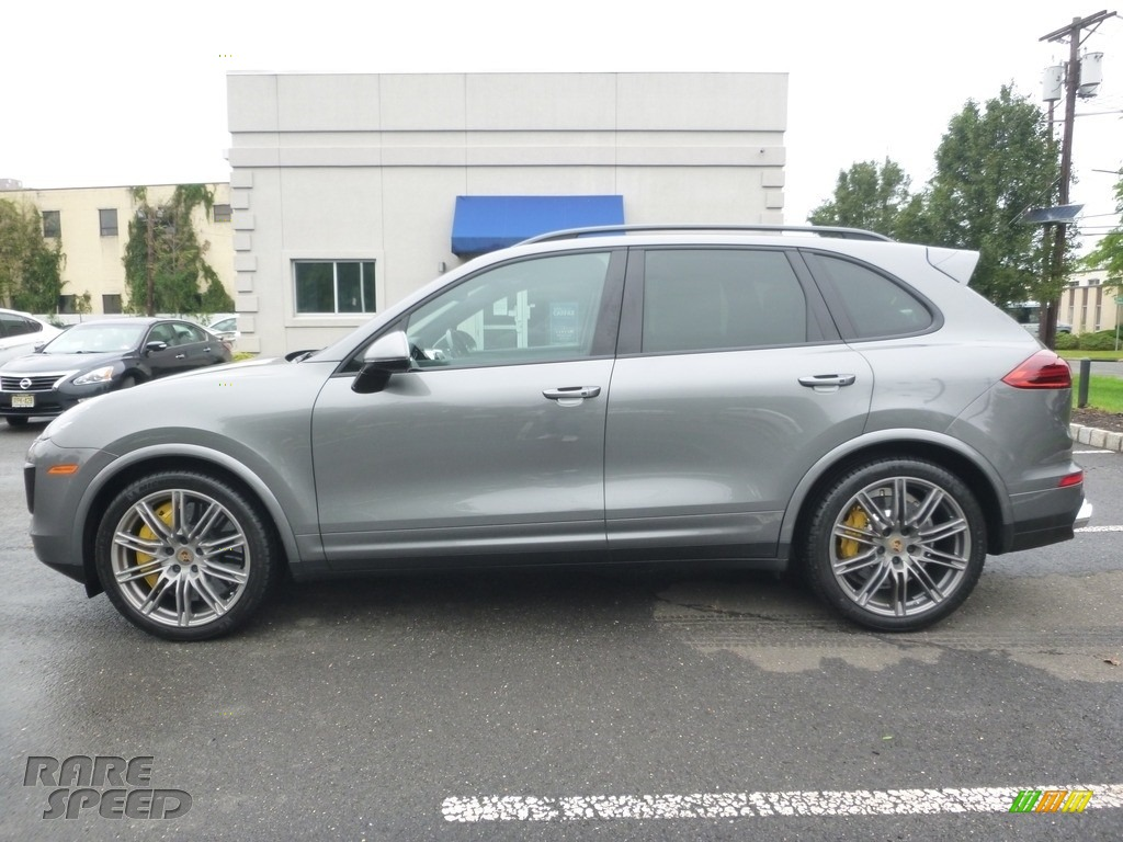 2016 Cayenne Turbo S - Meteor Grey Metallic / Black/Garnet Red photo #2