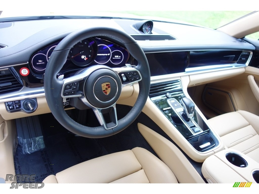 2018 Panamera 4 - Carrara White Metallic / Black/Luxor Beige photo #10