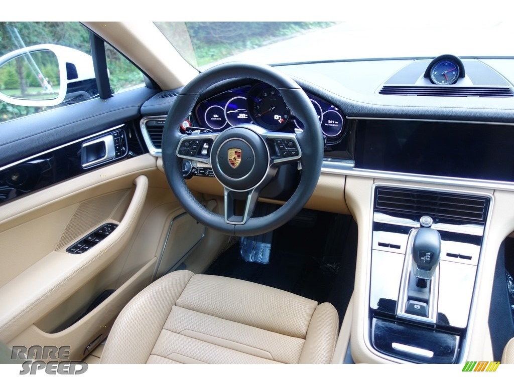 2018 Panamera 4 - Carrara White Metallic / Black/Luxor Beige photo #13