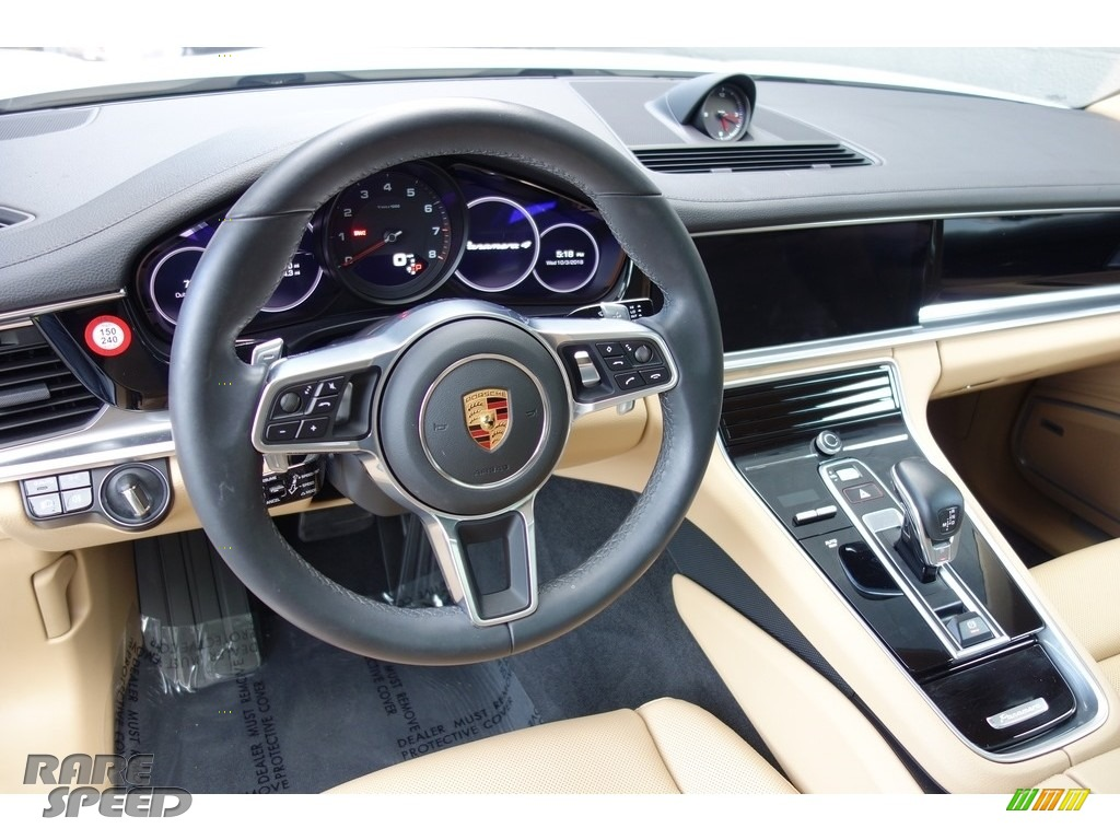 2018 Panamera 4 - Carrara White Metallic / Black/Luxor Beige photo #19
