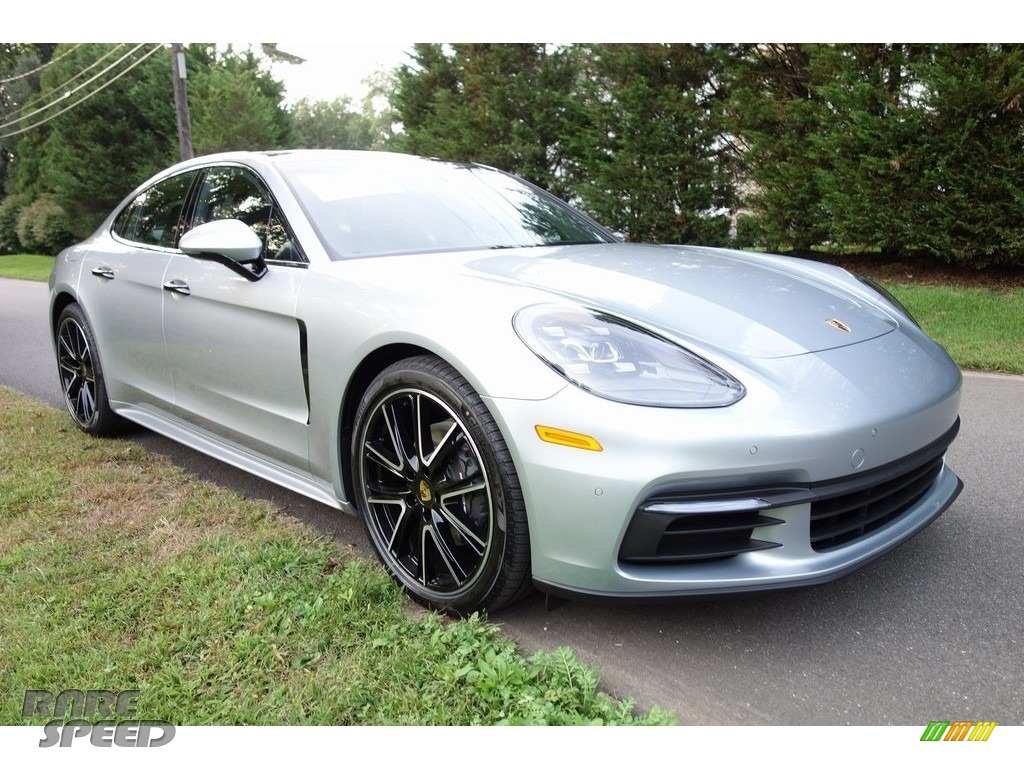 2018 Panamera 4 - Rhodium Silver Metallic / Black photo #1