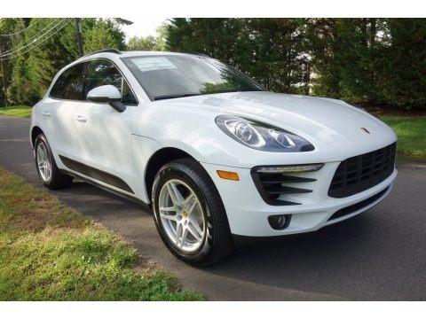 White 2018 Porsche Macan