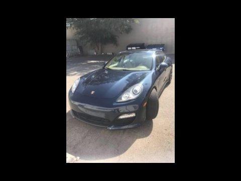 Dark Blue Metallic 2012 Porsche Panamera 4