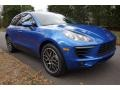 Porsche Macan Sport Edition Sapphire Blue Metallic photo #1