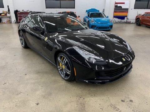 Bianco Italia 2018 Ferrari GTC4Lusso
