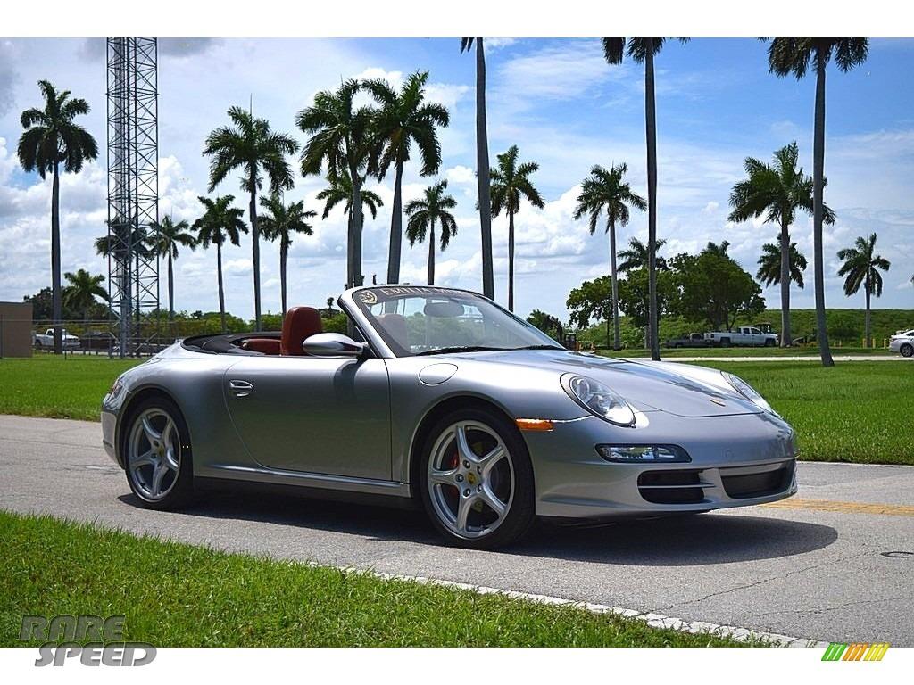 GT Silver Metallic / Terracotta Porsche 911 Carrera 4 Cabriolet