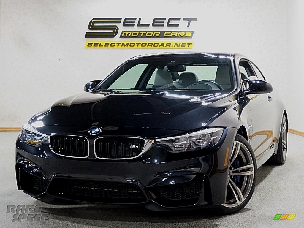 2018 M4 Coupe - Black Sapphire Metallic / Silverstone photo #1