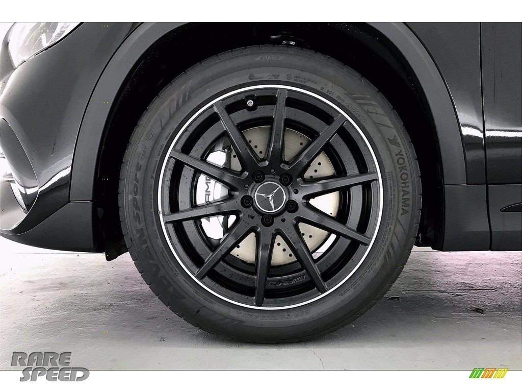 2021 GLA AMG 35 4Matic - Cosmos Black Metallic / Neva Grey/Black photo #9