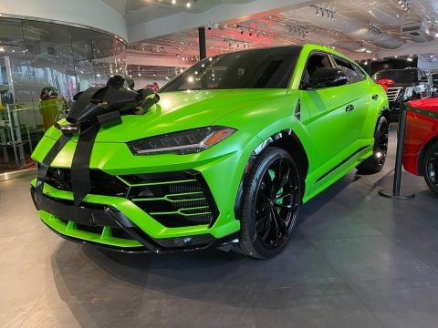 Verde Mantis 2020 Lamborghini Urus Pearl Capsule AWD