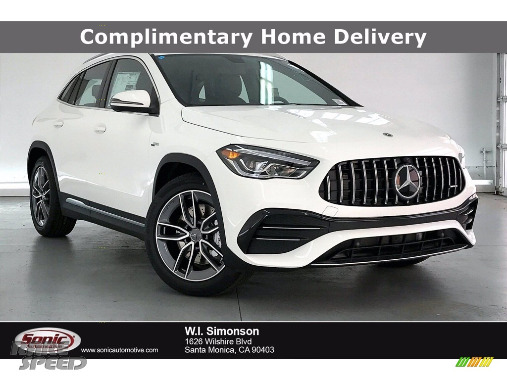 Polar White / Black/Dinanmica w/Red stitching Mercedes-Benz GLA AMG 35 4Matic