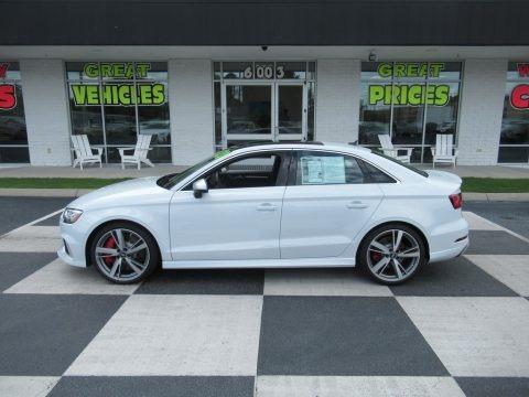 Glacier White 2020 Audi RS 3 quattro Sedan