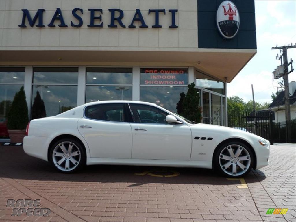 2010 Maserati Quattroporte S In White Photo 9 052282